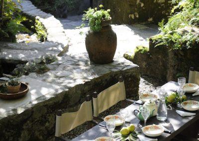 Huis van de Markies eten in de tuin